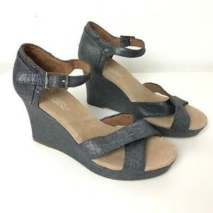 Toms Metallic Chambray Wedge Sandal sz 10